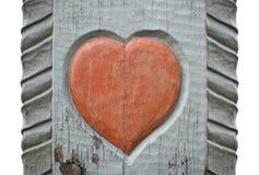 Un coeur en bois découpé Photographie stock