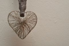 Un coeur fabriqué à partir de l'argent Photos libres de droits