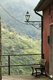 Un coin du village de San Bernardino dans Cinque Terre photos libres de droits