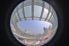 un collegamento moderno di cavalcavia dello staion ad ovest di kowloon immagine stock libera da diritti