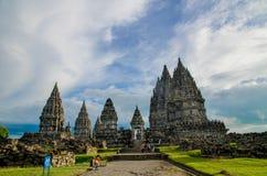 Un colpo del complesso del tempio indù conosciuto come Prambanan a Jogjakarta, Indonesia immagini stock libere da diritti