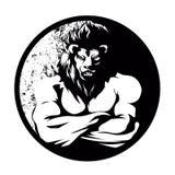 Un combattant d'homme de lion noir et blanc Photographie stock libre de droits