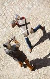 Un combattimento dei due cavalieri Immagini Stock