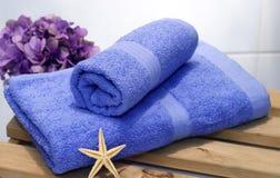 Un conjunto de toallas imagen de archivo