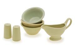 Un conjunto de vajilla de cerámica contemporáneo Fotos de archivo libres de regalías