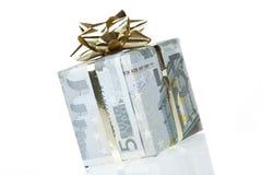 Un contenitore di regalo dell'euro 5 Fotografia Stock Libera da Diritti