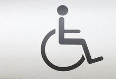 Un contrassegno della sedia a rotelle Fotografia Stock Libera da Diritti