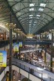 Un corridoio lungo di acquisto nel centro commerciale dell'America a Bloomington, Immagini Stock Libere da Diritti