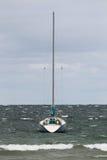 Un crogiolo di vela si è messo in bacino sul lago Michigan Immagine Stock Libera da Diritti