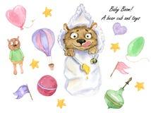 Un cucciolo di orso ed i suoi giocattoli immagini stock
