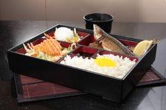 Un cuenco de arroz con la carne Imágenes de archivo libres de regalías