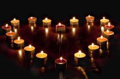 Un cuore delle candele Fotografie Stock Libere da Diritti