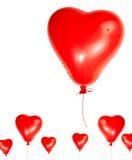 Un cuore rosso ha dettagliato l'aerostato isolato Fotografia Stock