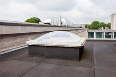 Un dôme sur le toit image libre de droits