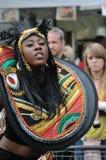 UN DANSEUR DANS LE CARNAVAL DE NOTTING HILL, LONDRES Images stock
