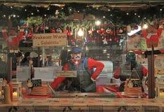 Un de kiosques sur Noël juste à Vérone photos libres de droits