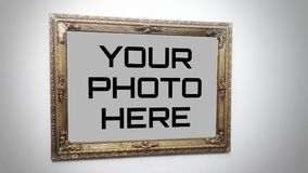 Un ` del modello della pagina della foto di alta qualità una struttura antica che appende su un ` della parete Immagini Stock