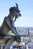 Un demonio de Notre Dame de Paris Foto de archivo