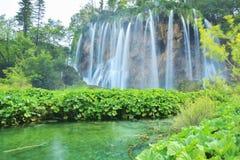 Un des endroits les plus beaux au monde Plitvice - Croatie Image stock