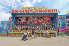 Un des jeux sur l'allée centrale chez Indiana State Fair Photos stock