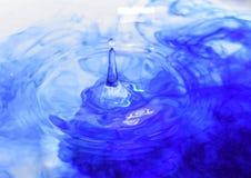Un descenso del agua foto de archivo libre de regalías
