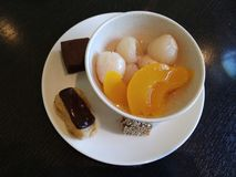 Un dessert d?licieux photo libre de droits
