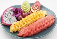 Un dessert de plat de fruit Photographie stock