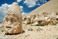 Un dieu monumental se dirige sur le support Nemrut, Turquie Photo stock