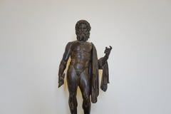 Un dieu romain en bronze antique Jupiter Photo stock