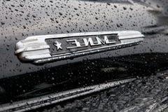 Un distintivo di retro automobili di ZIM Fotografia Stock