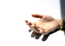 Un dito con goccia rosso sangue Fotografia Stock