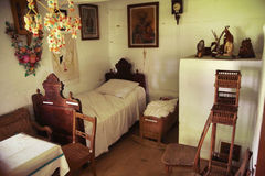 Un dormitorio de madera y rústico viejo Imagen de archivo