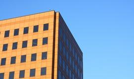 Un edificio per uffici fotografie stock libere da diritti