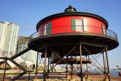 Un edificio redondo en el puerto interno de Baltimore Imágenes de archivo libres de regalías