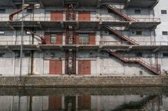 Un edificio viejo de la fábrica Imágenes de archivo libres de regalías
