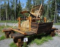 Un ejemplo de una rueda de madera de los pescados usada por los pescadores en Alaska Foto de archivo libre de regalías
