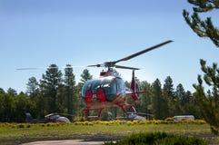 Un elicottero supera il parco nazionale di Grand Canyon in Arizona è magnifico Immagine Stock