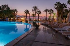 Un endroit de station de vacances à une aube tôt photo stock