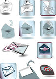 Un ensemble d'enveloppes et de boutons Photos stock