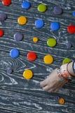 Un ensemble de boutons en verre colorés pour des vêtements Photo libre de droits