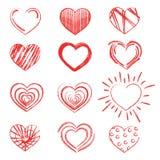 Un ensemble de coeurs peints avec le rouge à lèvres Collection de coeurs peints avec une brosse sèche Symbole de l'amour Photos stock