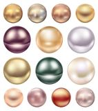 Un ensemble de grandes perles de mer de différentes couleurs Photographie stock libre de droits
