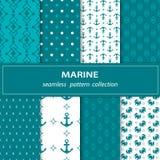 Un ensemble de huit peintures de tissu sans couture Actions de vecteur Un thème maritime Un fond bleu et blanc illustration stock
