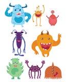 Un ensemble de monstres de bande dessinée Collection de monstres heureux Illustration pour des enfants Animaux mythiques mutants  Images libres de droits