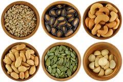 Un ensemble de noix/de graines rôties et salées Photos stock