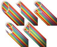 Un ensemble de nombres de zéro à quatre, fait de crayons colorés au-dessus du fond blanc Photo libre de droits