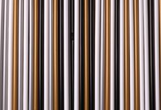 Un ensemble de pailles des tubes en plastique multicolores pour le fond photographie stock