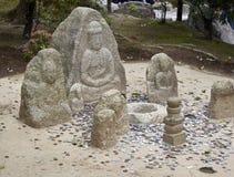 Un ensemble de sculptures avec des pièces de monnaie comme cadeau photographie stock