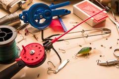 Un ensemble pour la pêche d'hiver sur un poisson prédateur Photos libres de droits