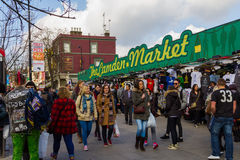 Un'entrata a Camden Market Immagini Stock